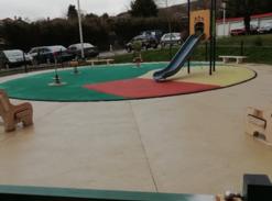 Construction d'une aire de jeu